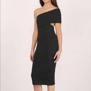 Tobi Side Swipe Black Midi Dress